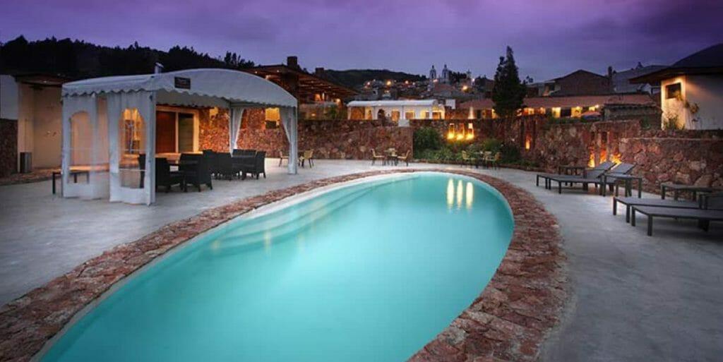 piedra-de-agua-hot-springs-&-spa-cuenca-ecuador