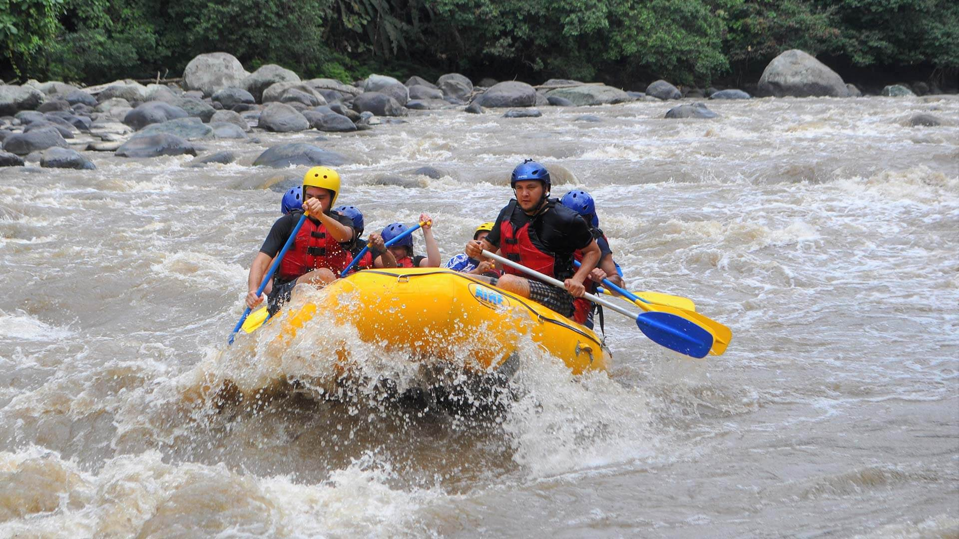 all action white water rafting ecuador