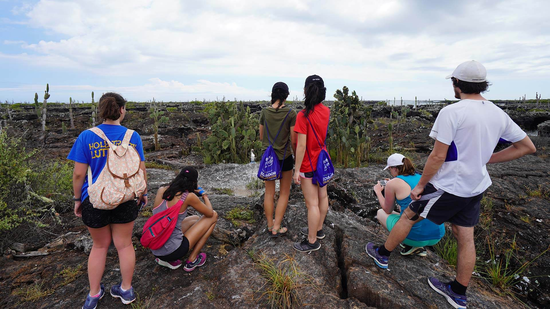 galapagos island hopping land tour group trekking