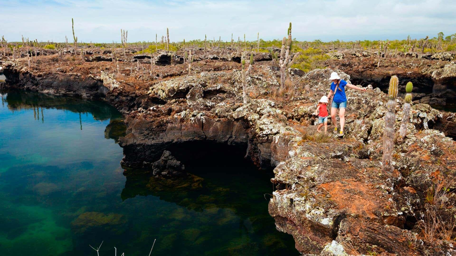 galapagos island hopping tour trek