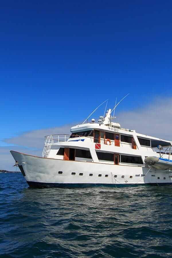 Galapagos Aqua Yacht<