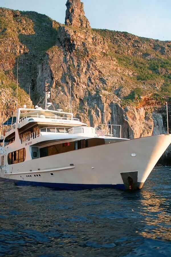 Galapagos Aggressor III Dive Yacht