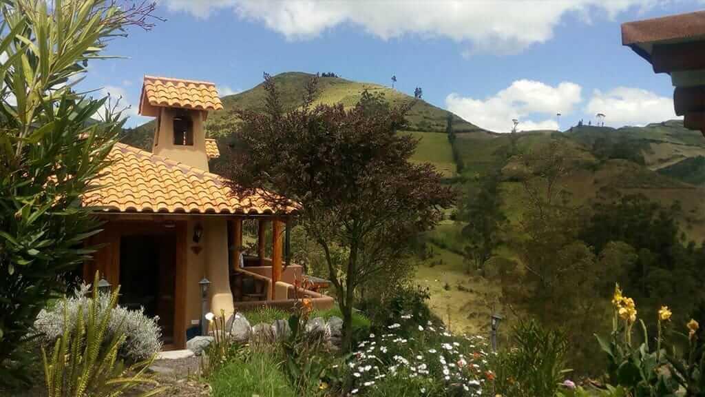 llullu llama hotel isinlivi on the quilotoa loop trek