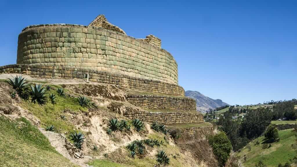 ingapirca temple of the sun ecuador
