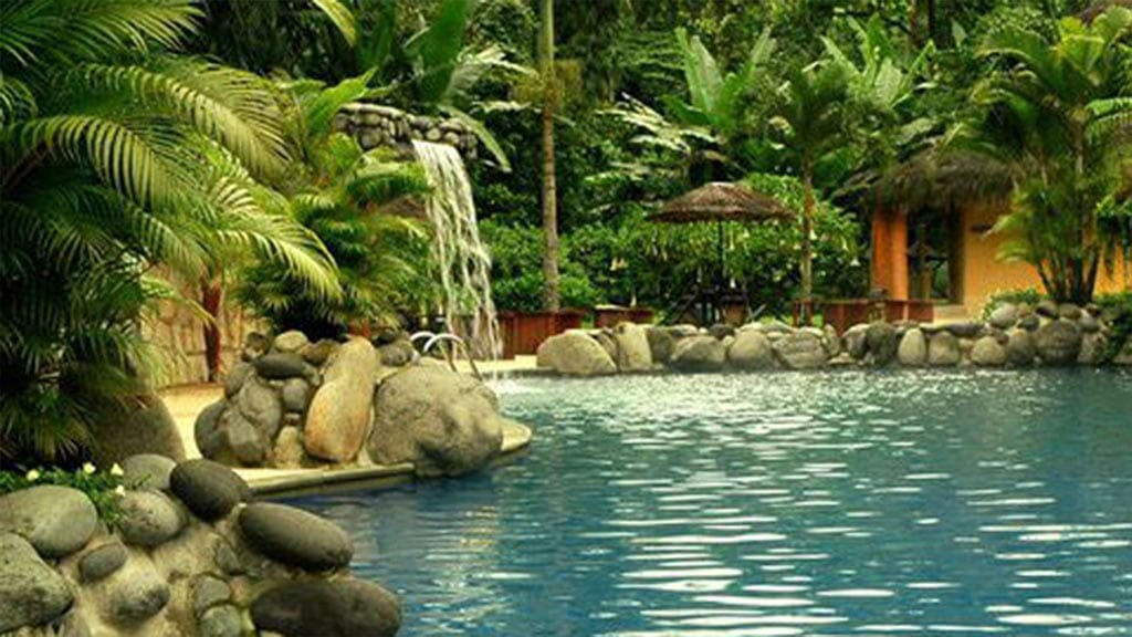 arasha ecuador outdoor swimming pool