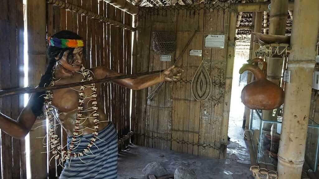 inti ñan museum equator quito rainforest demonstration