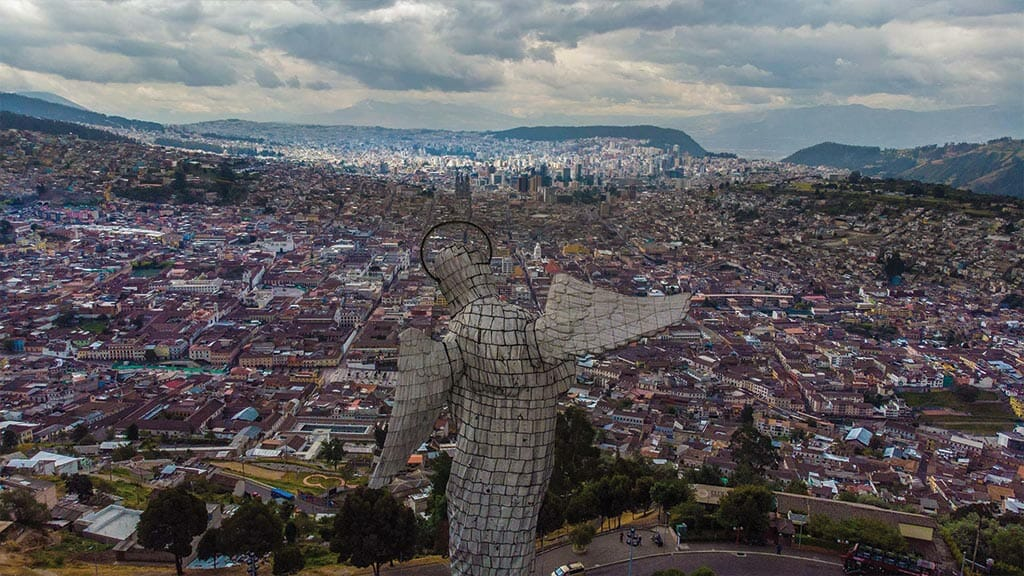 panecillo virgen overlooking the city on a colonial quito tour