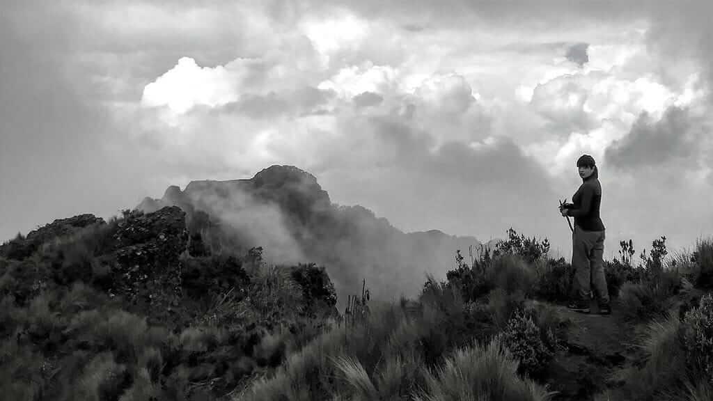 ecuador treking tour pasochoa volcano summit