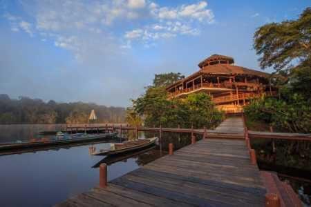 La Selva lodge walkway from the canoe dock