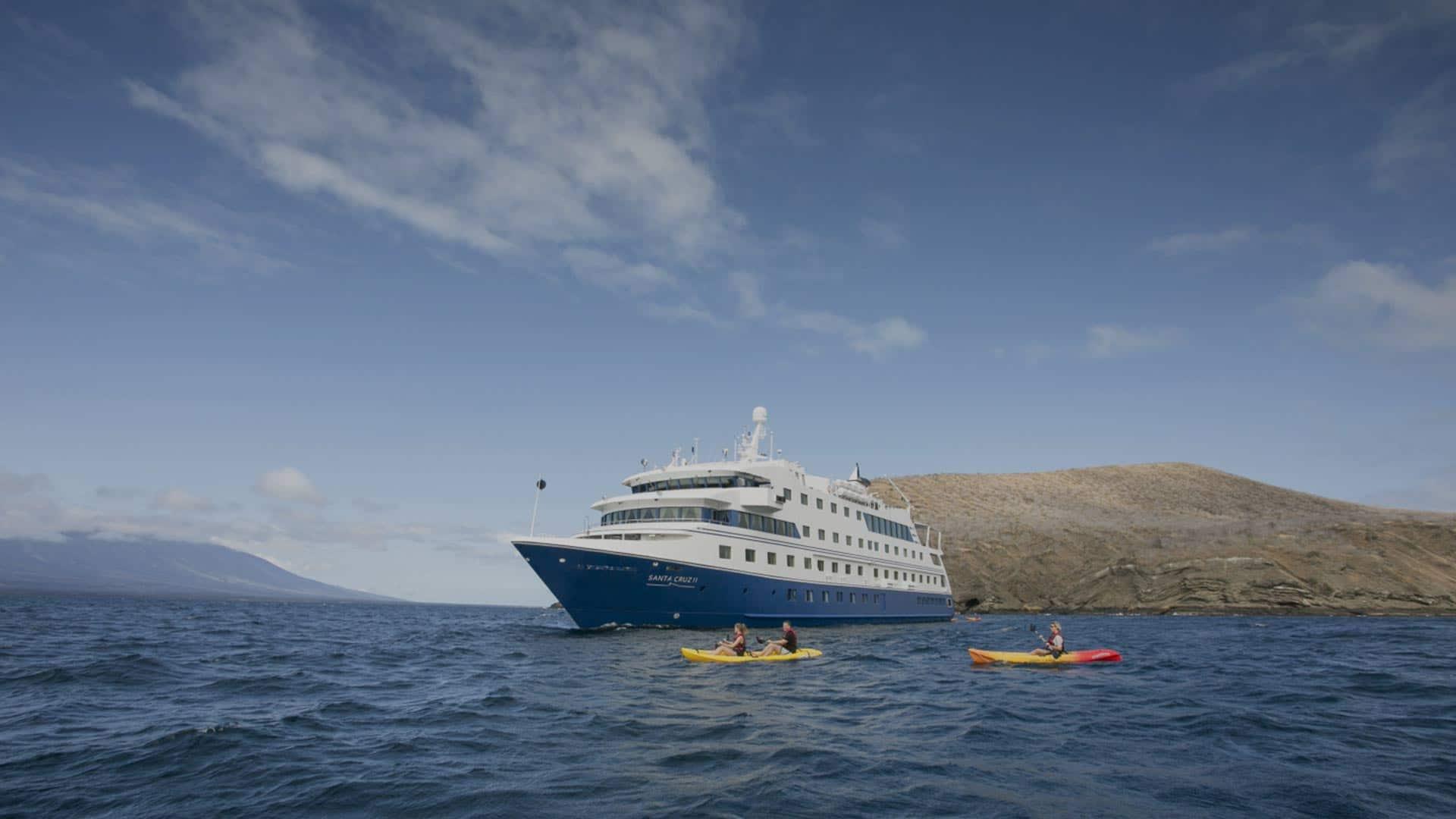 Santa Cruz II Cruise Ship