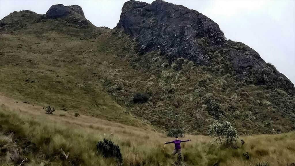 trek tour at pasochoa ecuador