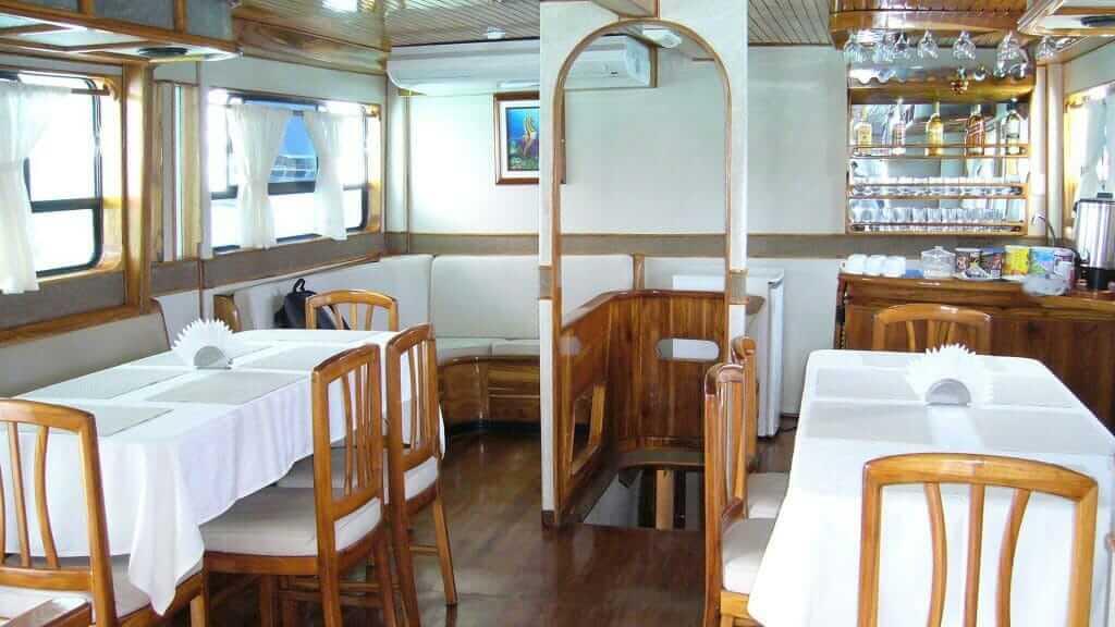 Aida Maria Galapagos cruise - dining area and bar