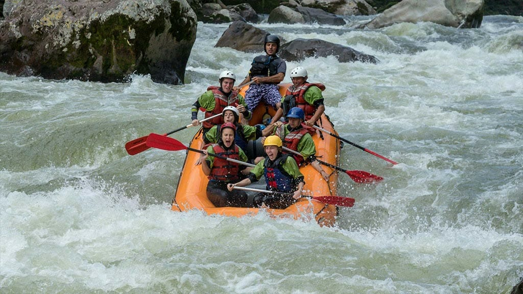 anaconda lodge tena ecuador tourists enjoy white water rafting in the jungle