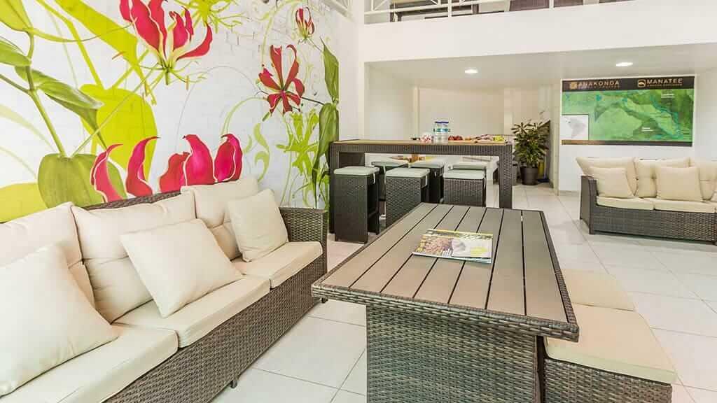 anakonda river cruise ecuador - guest social area