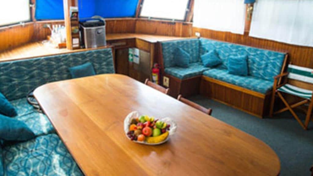 Beagle yacht Galapagos cruise - Dining Area