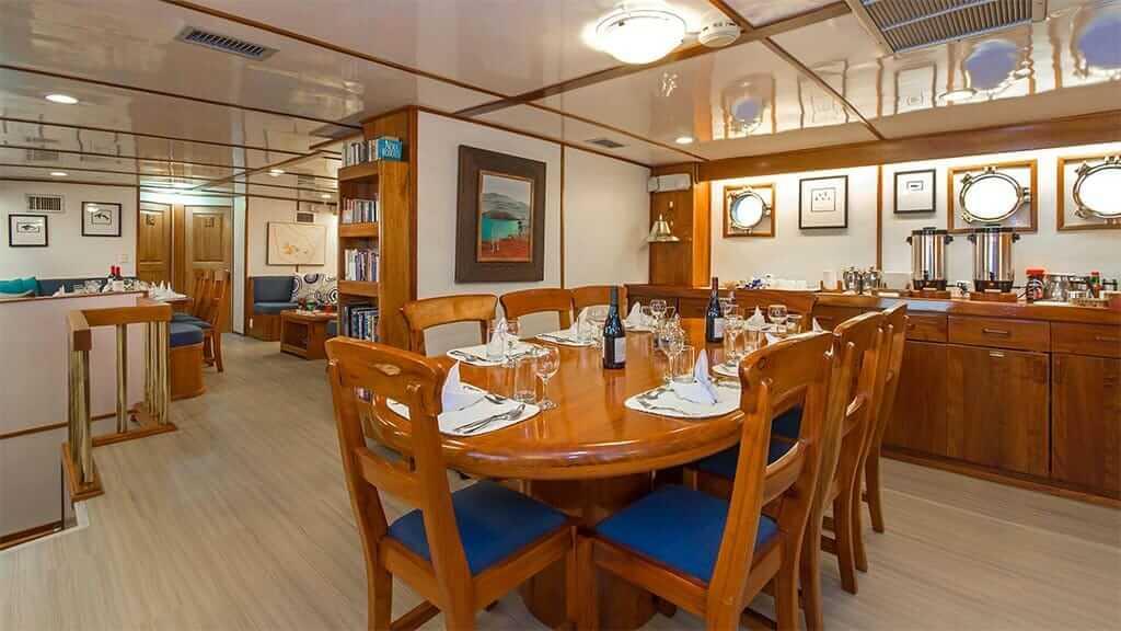 Beluga yacht Galapagos cruise - indoor dining area