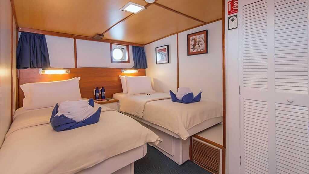 Beluga yacht Galapagos cruise - internal view of twin guest cabin