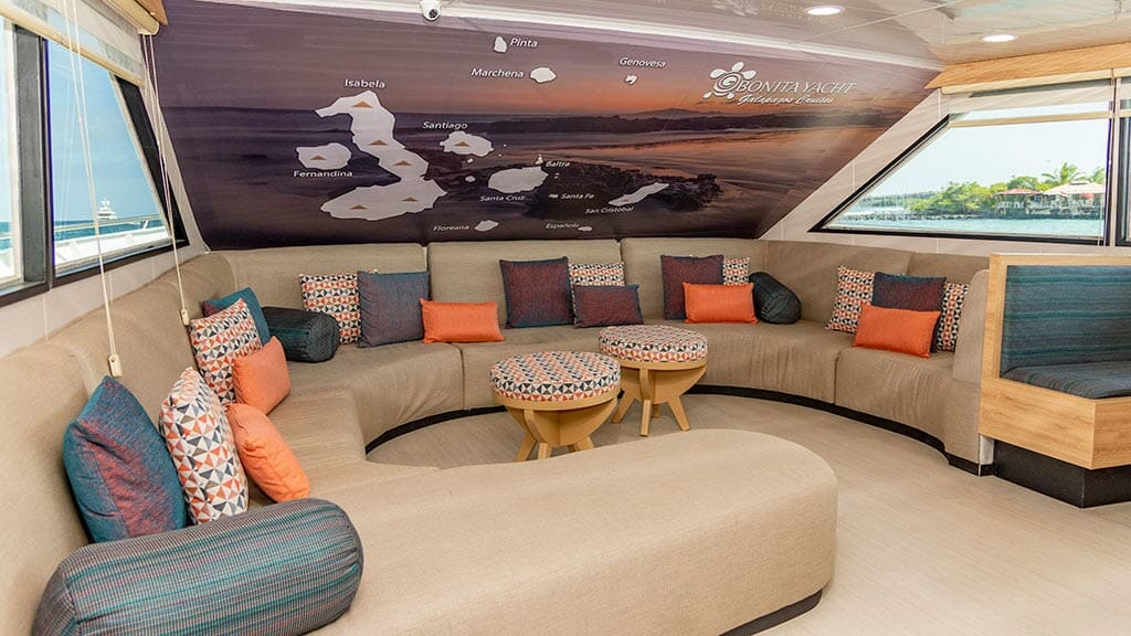 bonita yacht galapagos islands cruise - indoor lounge social area