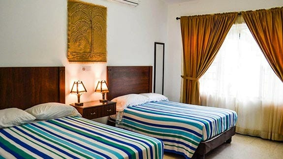 twin room at hotel el escalon guayaquil