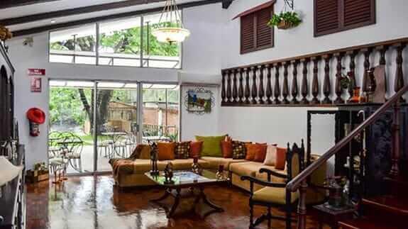 open lobby area of hotel el escalon guayaquil ecuador