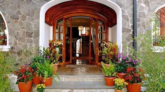main entrance to casa foch hotel, quito