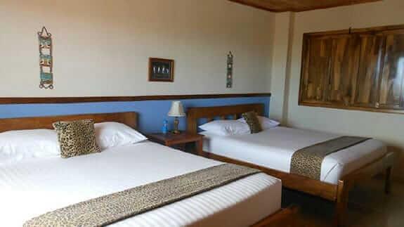 twin room hotel casa iguana mar y sol