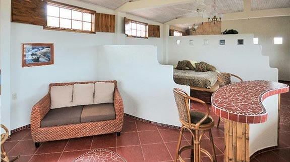 casa iguana mar y sol hotel sofa