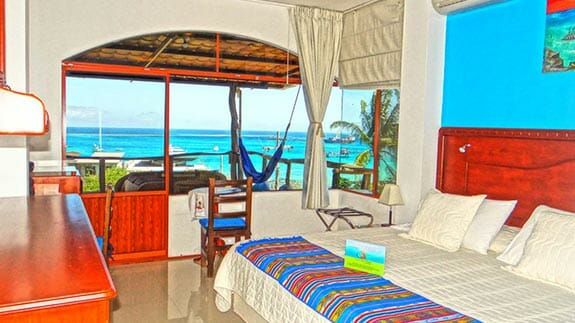 double room with ocean view - casa Playa Mann hotel, galapagos