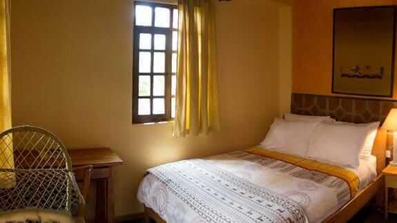 hotel casa sol quito ecuador - double guest room