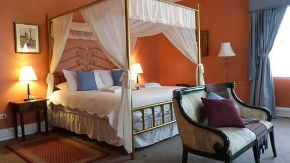 elegant four poster bed city art hotel silberstein quito ecuador