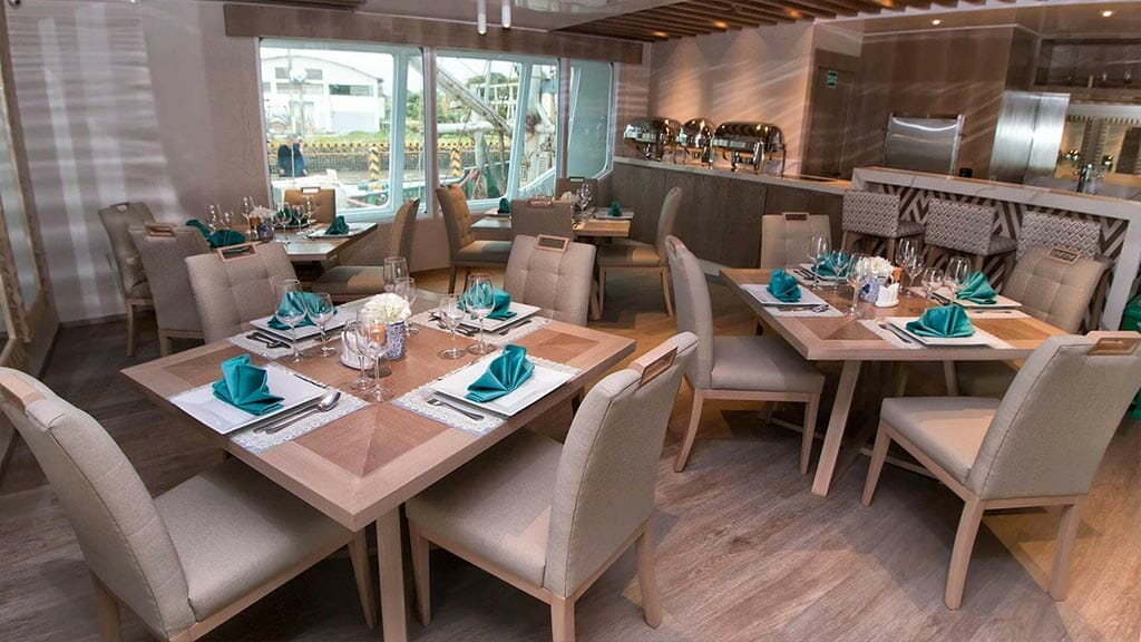 Endemic Yacht Galapagos Cruise - dining room