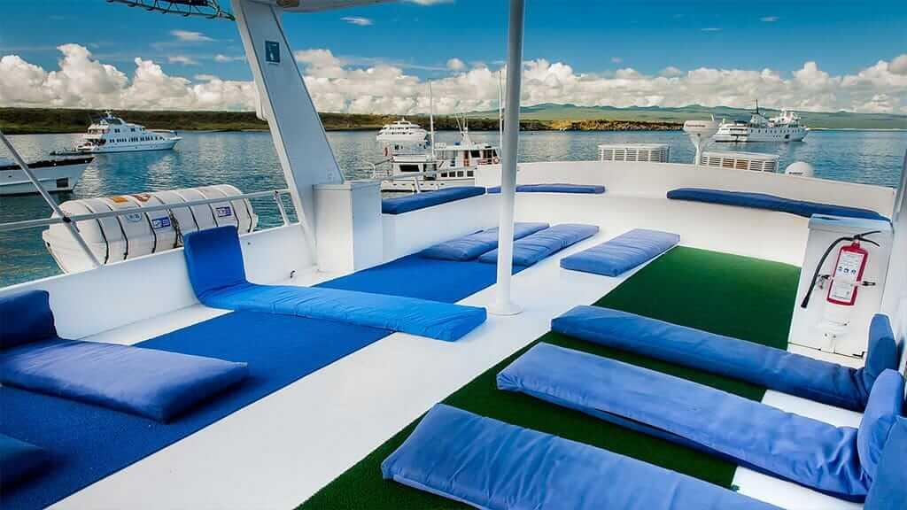 Fragata yacht cruise Galapagos Island - loungers on sundeck