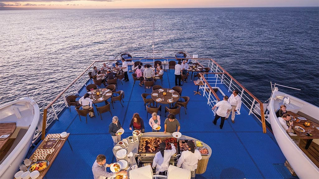 Legend cruise ship Galapagos Islands - alfresco dining with barbecue grill and panoramic views