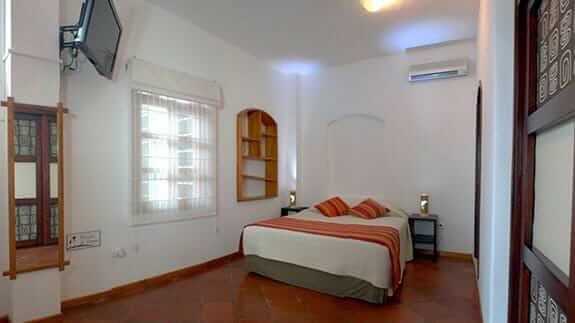 Hotel Galapagos Suites, Puerto Ayora, Galapagos – double bedroom