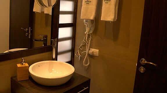 guest bathroom at galapagos sunset hotel baquerizo moreno