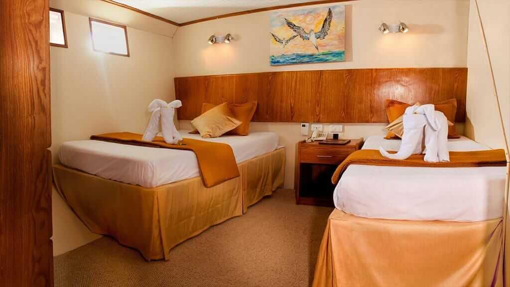 Galaxy yacht Galapagos cruise - twin guest cabin aboard the Galaxy 1 yacht