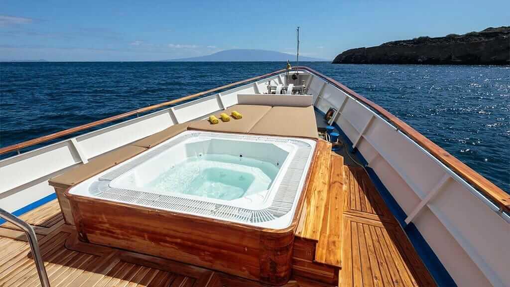 Grace yacht Galapagos cruise - top deck jacuzzi