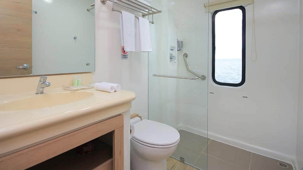 Grand queen beatriz yacht guest bathroom and shower
