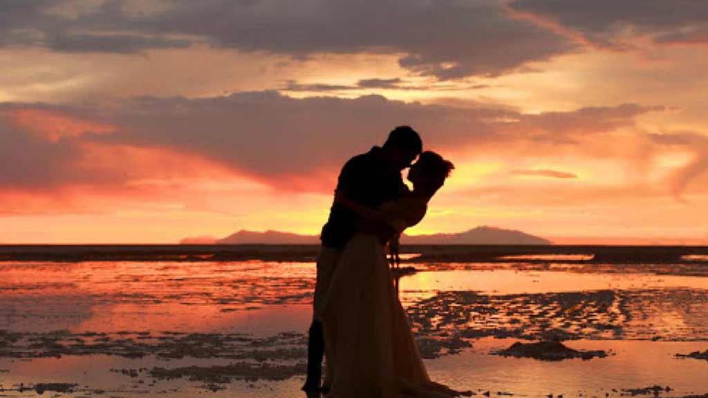 honeymoon-in-the-beach
