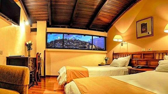 twin bedroom at hotel real audiencia quito