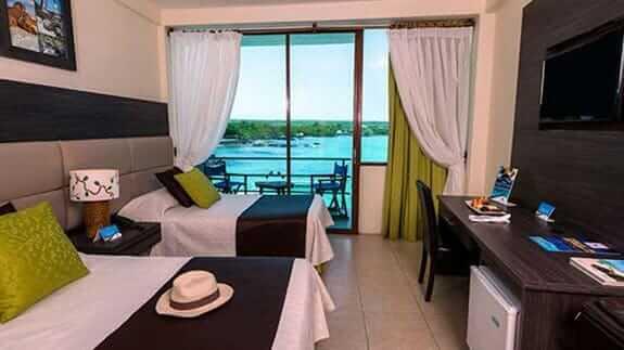 Hotel sol y mar puerto ayora galapagos - twin room with ocean view