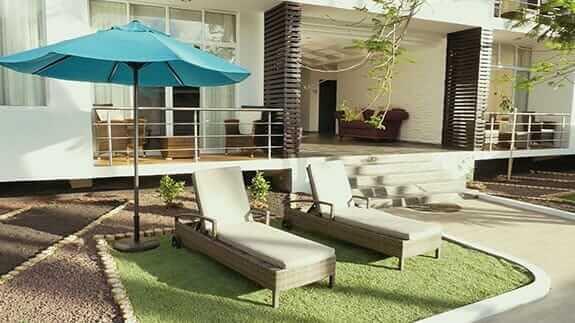 sun loungers at ikala hotel puerto ayora galapagos