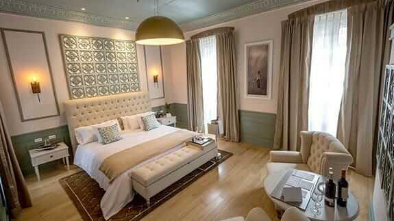 illa experience hotel quito - double bedroom