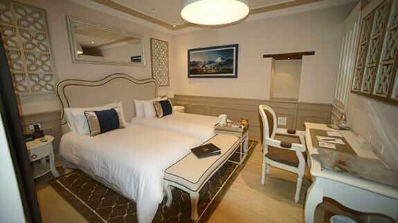 illa experience hotel quito - twin bedroom