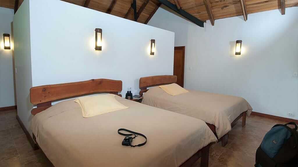 twin bed cabin at Casa del suizo ecuador