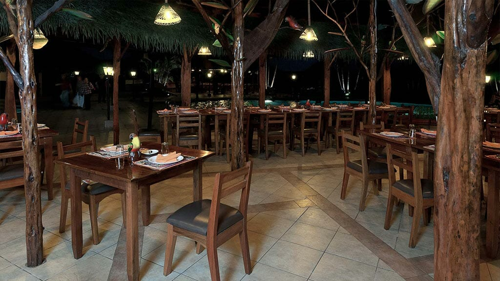 open air restaurant at Casa del suizo tena lodge