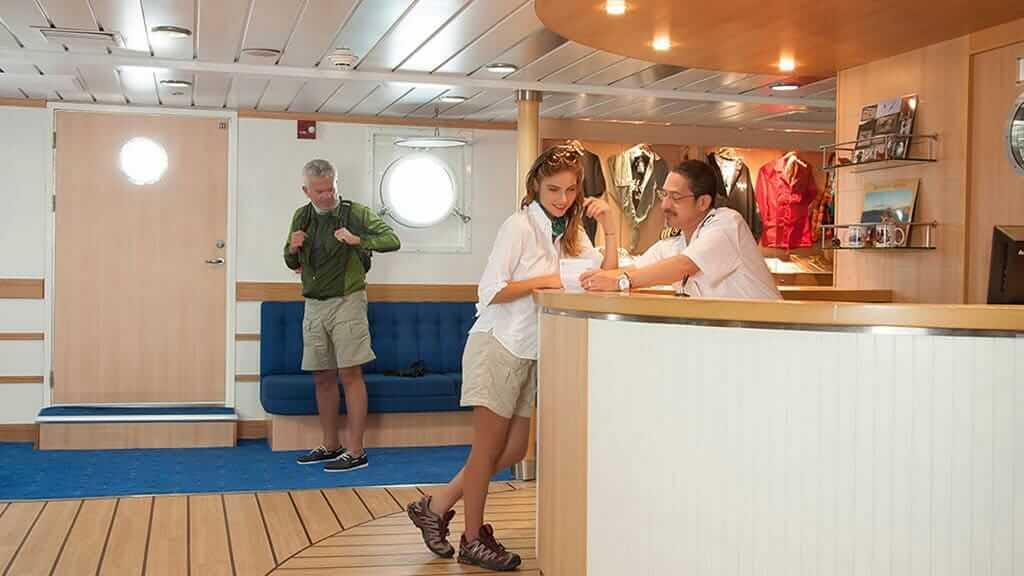 boutique and reception area of La Pinta Galapagos ship