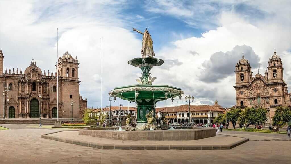 water fountain on cusco plaza peru