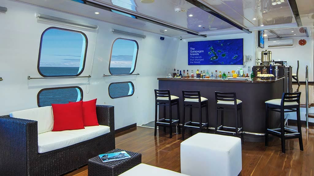 indoor bar aboard the Natural Paradise yacht