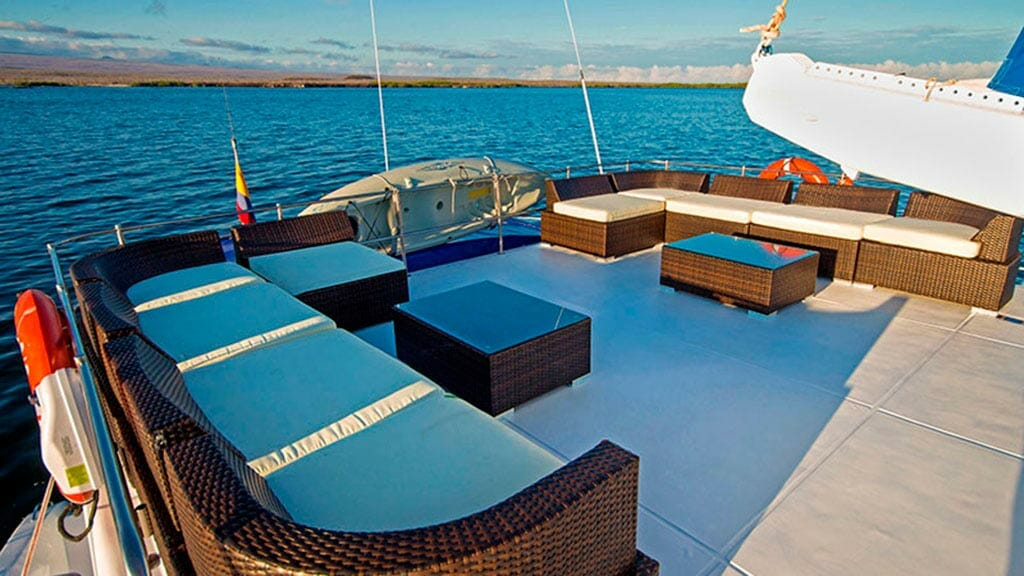 nemo 1 catamaran sun deck loungers
